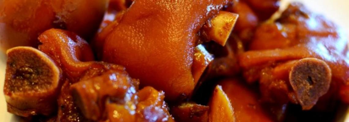Pig feet in sweetened vinegar